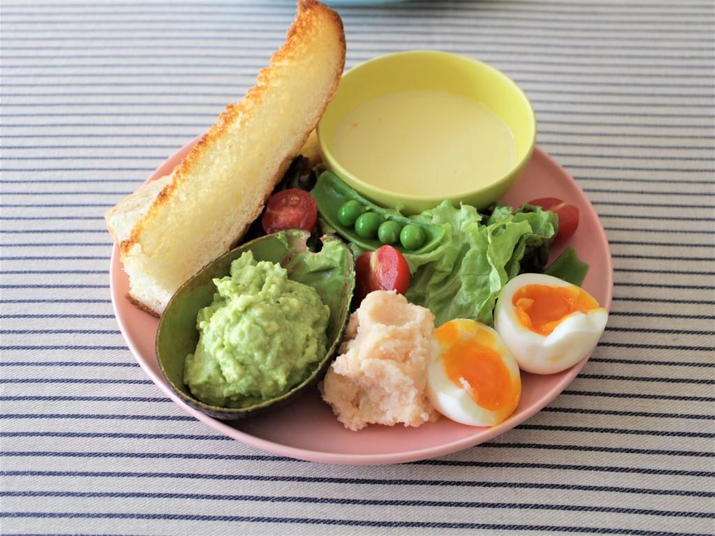 春サラダとアボカドディップ♡_f0220354_08584273.jpg