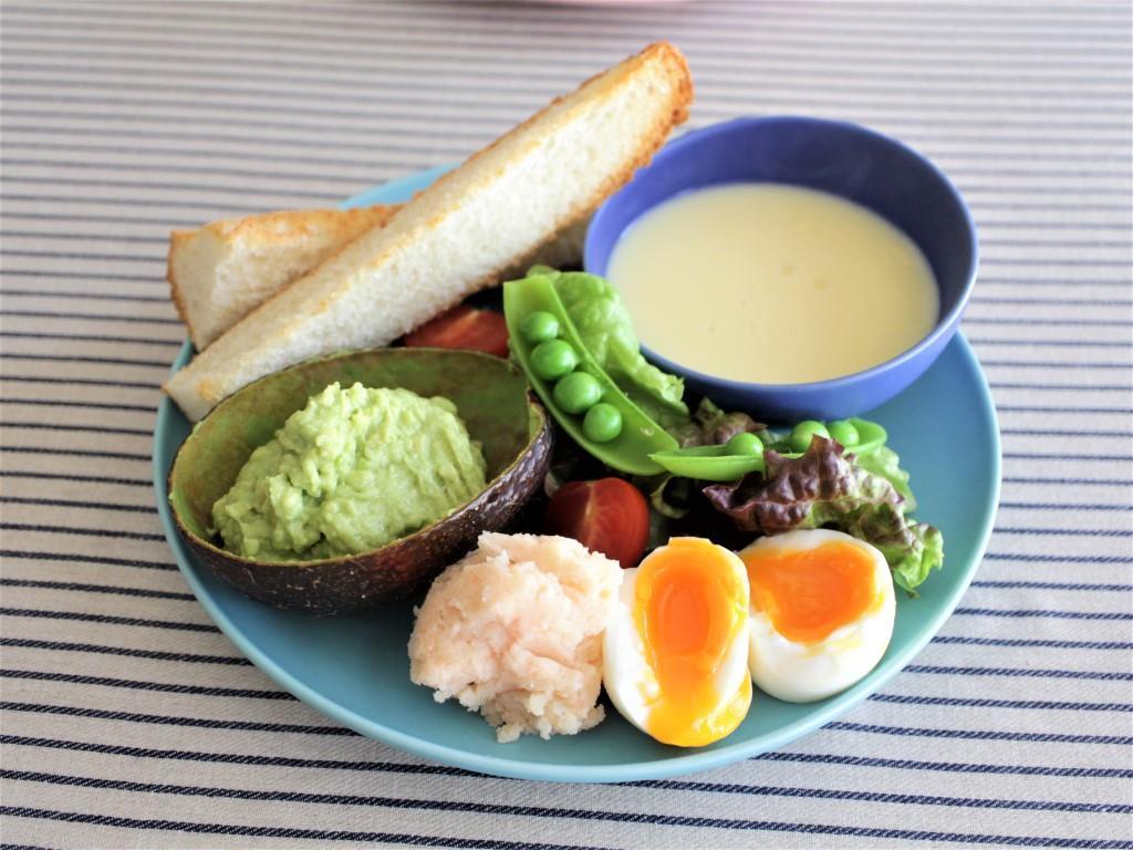 春サラダとアボカドディップ♡_f0220354_08585151.jpg