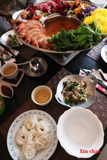 Xin chao  ~ ベトナム花鍋の会~_d0353281_23380102.jpg
