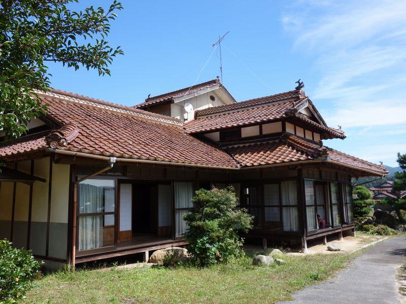 3月26日は北広島町で完成見学会を行います。_b0131012_13384118.jpg