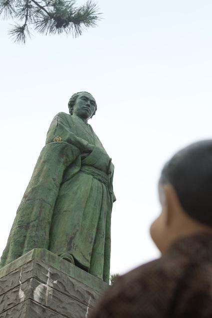高知の旅:その2〜桂浜で龍馬アニキに会う_e0369736_21294124.jpg
