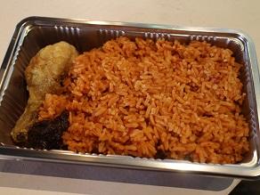 赤レンガ倉庫のアフリカンフェスでジョロフライスを食べてきた_c0030645_21213030.jpg