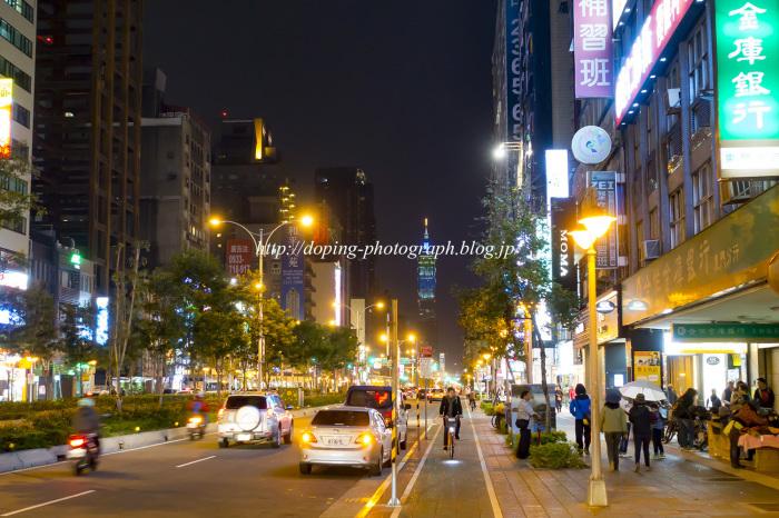 台湾 night_e0140159_17252206.jpg