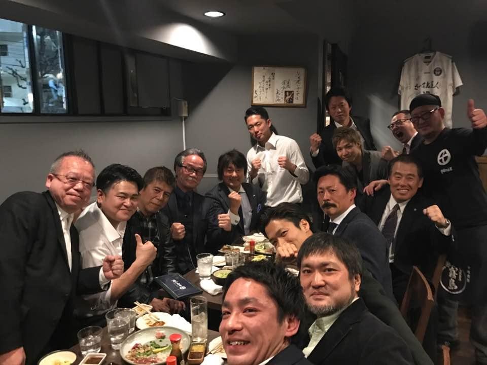 稲葉塾長の稲葉塾男飲み会(熱い男の集まり)に出席させていただきました。_c0186691_1926125.jpg