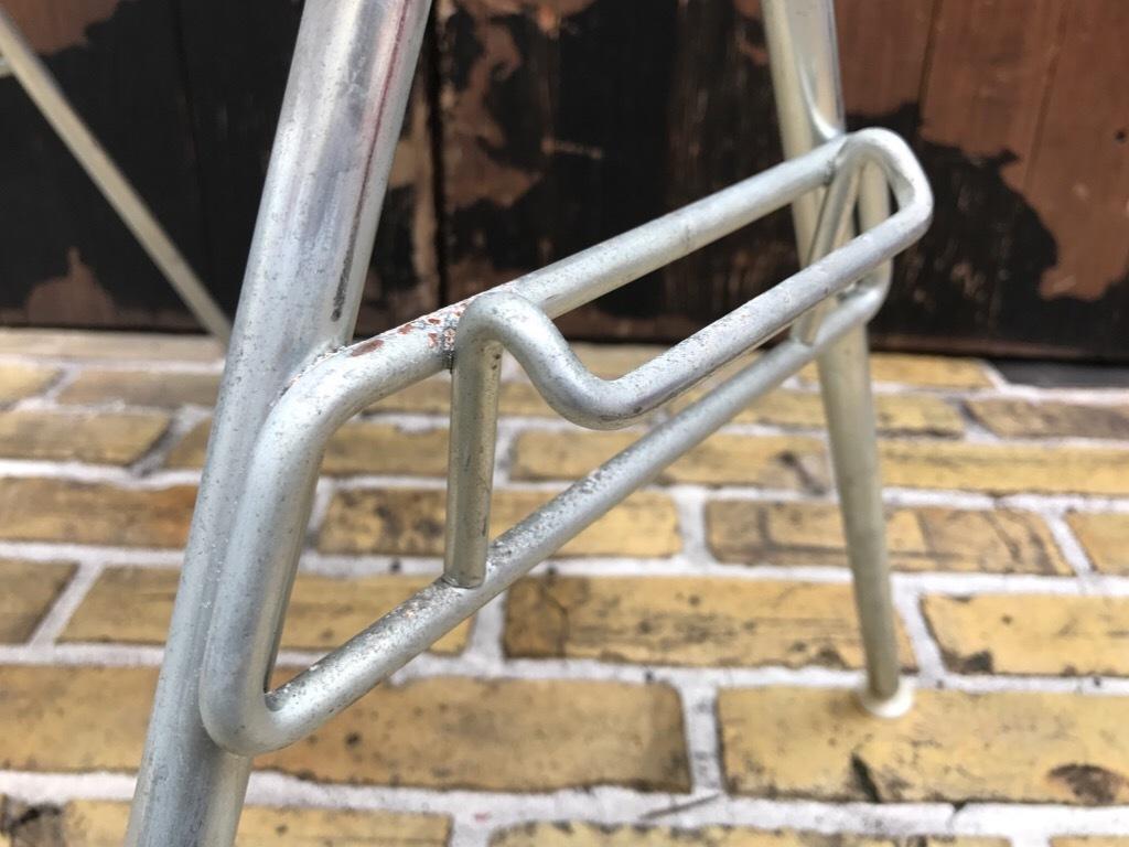 神戸店3/29(水)イームズチェア&インダストリアル ランプ、家具入荷! #1 Eams ArmShell Chair!!!_c0078587_20170678.jpg