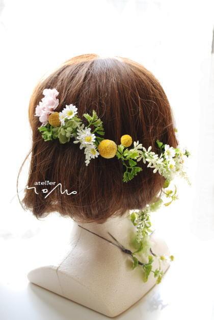 ピンクスカビオサと小花のクラッチブーケ!_a0136507_21251453.jpg