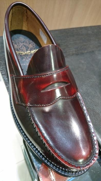 ガラスレザーの靴にも。_b0226322_20294781.jpg