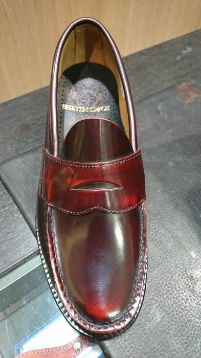 ガラスレザーの靴にも。_b0226322_20295830.jpg