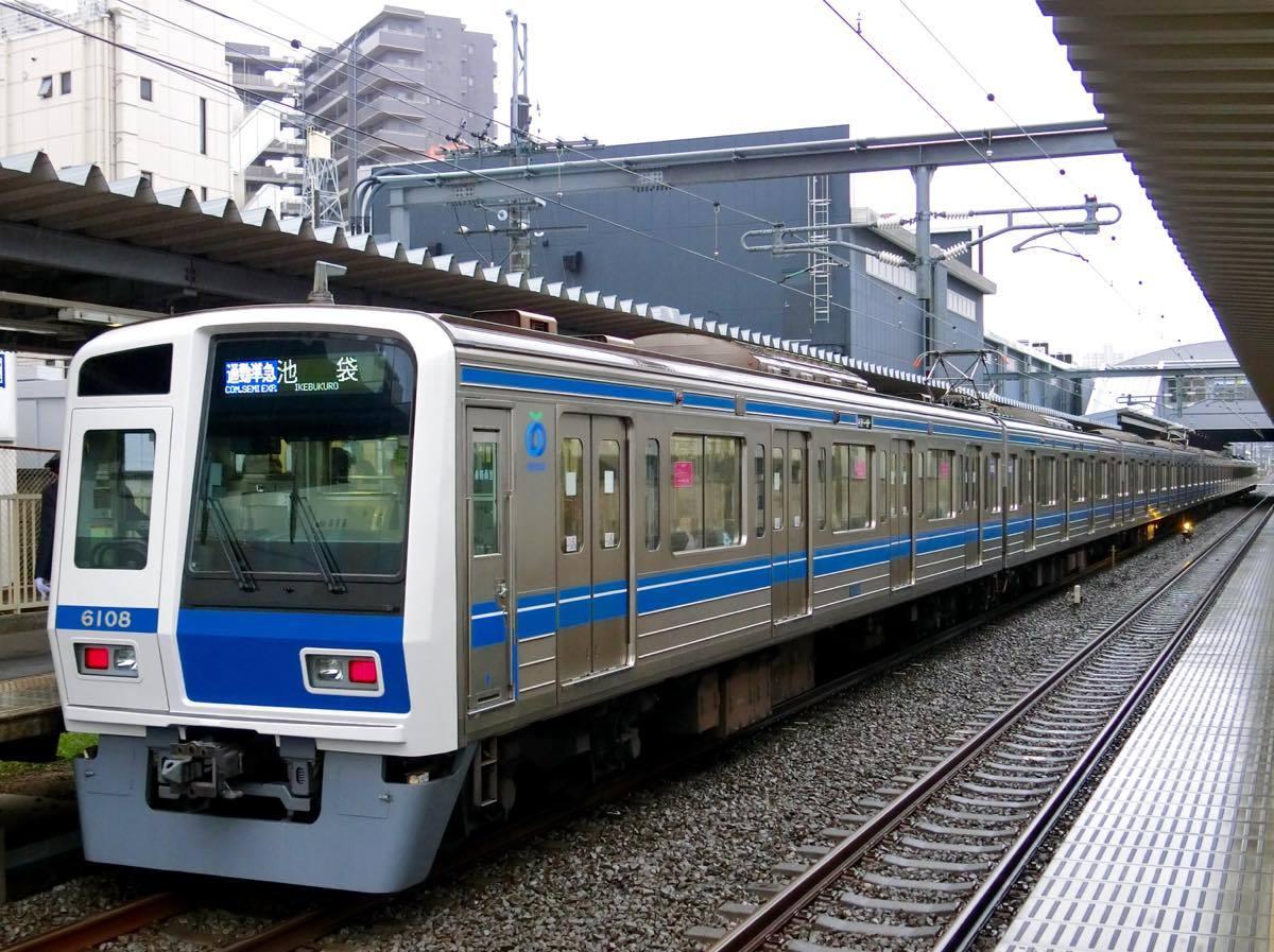 6000系通勤準急 : 黄色い電車に...
