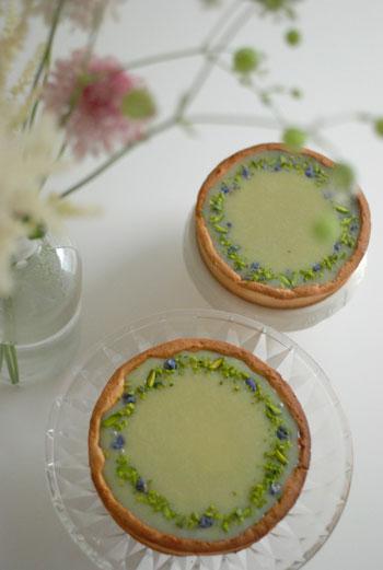 スミレの香りとカシスのカリカリしたサブレ イルプルーのお菓子_d0329740_22591440.jpg