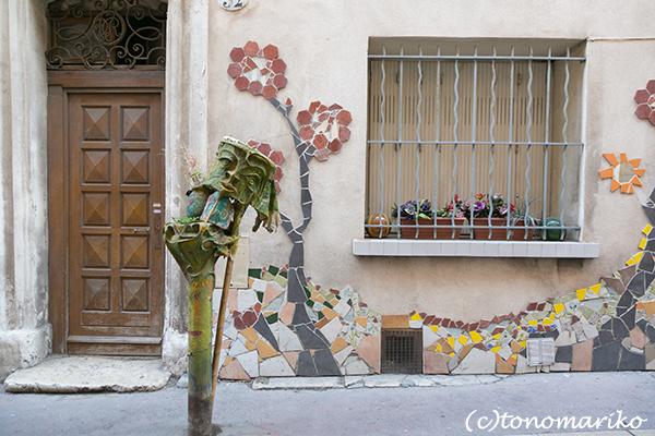 マルセイユで見つけた素敵な街角アートたち_c0024345_03541100.jpg