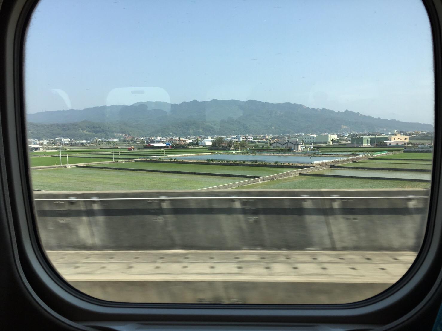 台湾の車窓から◎_e0261276_18515946.jpg