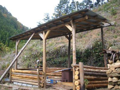 理想の森の小屋が積雪で倒壊→再建へ_e0032609_10224618.jpg