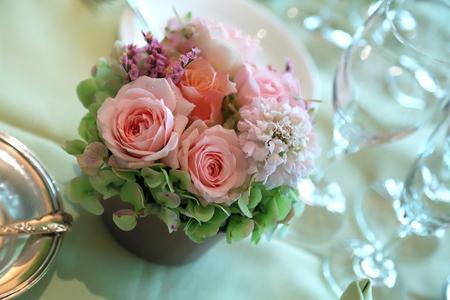 春の装花 広尾のレストランシェモルチェ様へ _a0042928_1138616.jpg