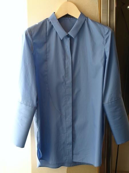 現在、最も注目すべきデザイナーの一人uemulo munenoliの新作七分袖シャツ『MILENA』_e0122680_18464602.jpg