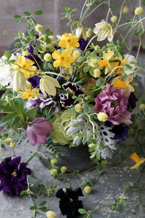 お庭のお花を摘んで遊んでみました。_f0127281_17143534.jpg