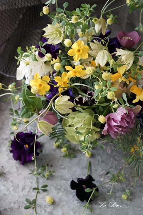 お庭のお花を摘んで遊んでみました。_f0127281_17161755.jpg