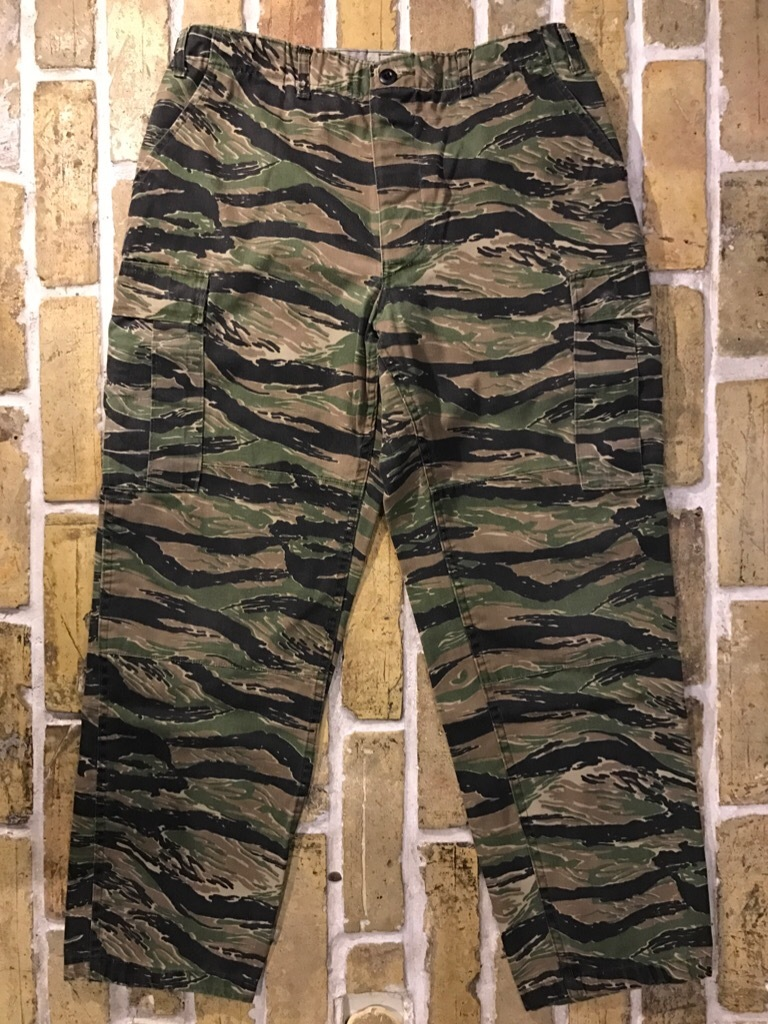 神戸店4/1(土)スーペリア入荷!#2 TigerStripe Products Pants!U.S.M.C. Rain Coat!!!_c0078587_21072854.jpg