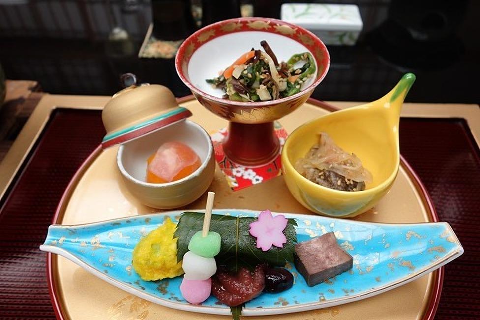 日本料理 城山ガーデンズ 水簾_a0152501_21563807.jpg