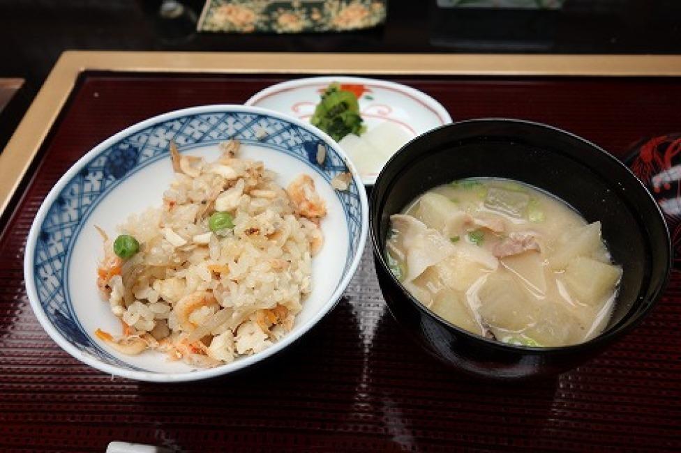 日本料理 城山ガーデンズ 水簾_a0152501_21574058.jpg