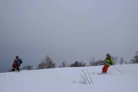 2017年1月22日塩谷丸山岳を滑る_c0242406_18543230.jpg