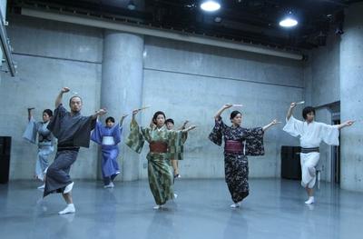 春爛漫、今年も「ダンス専科」の季節がやってきた!_d0178431_1333554.jpg