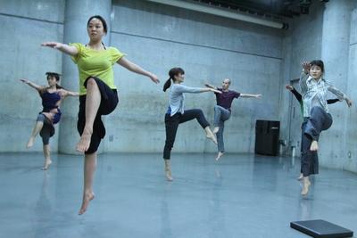 春爛漫、今年も「ダンス専科」の季節がやってきた!_d0178431_13355732.jpg