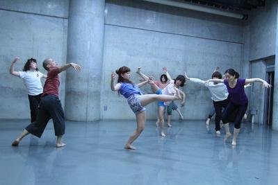 春爛漫、今年も「ダンス専科」の季節がやってきた!_d0178431_1341613.jpg