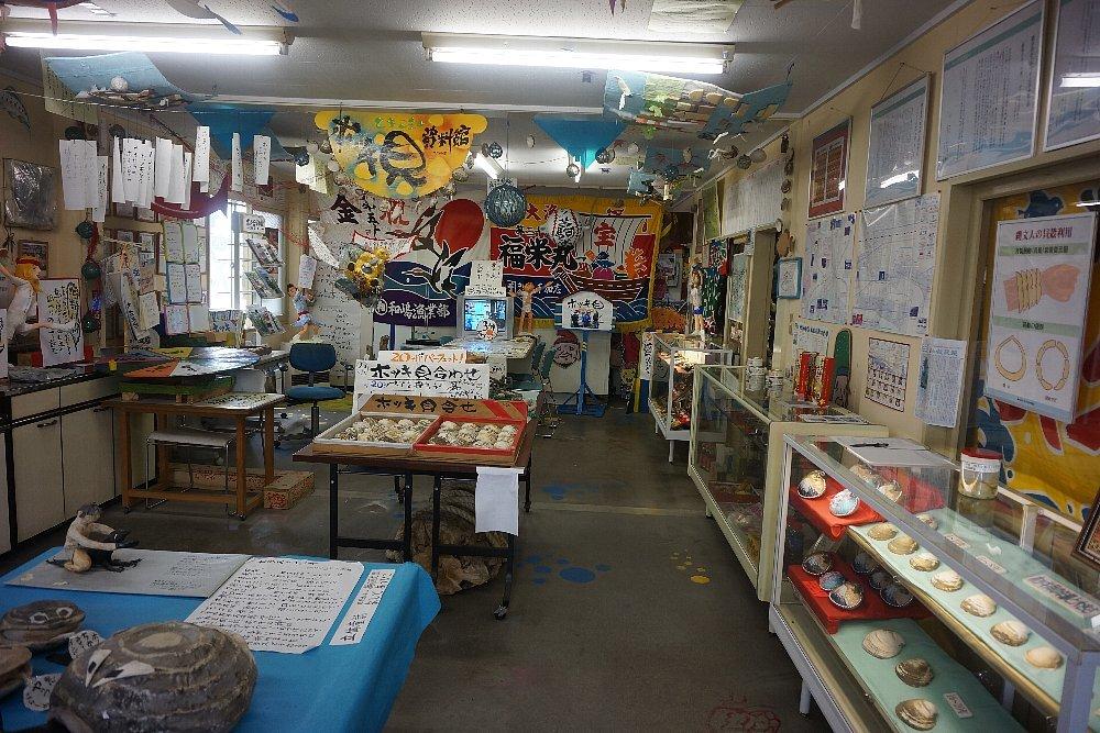 苫小牧の「海の駅ぷらっとみなと市場」と「 ほっき貝資料館」_c0112559_08392641.jpg