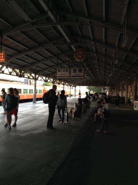 台湾で一番古いという台鉄保安駅で途中下車。_a0334793_00060306.jpg
