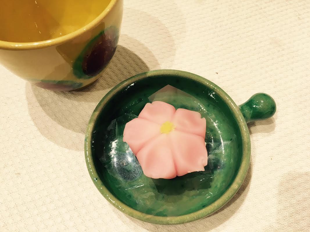 京都です。高島屋です。和菓子です。_a0141134_17081827.jpg