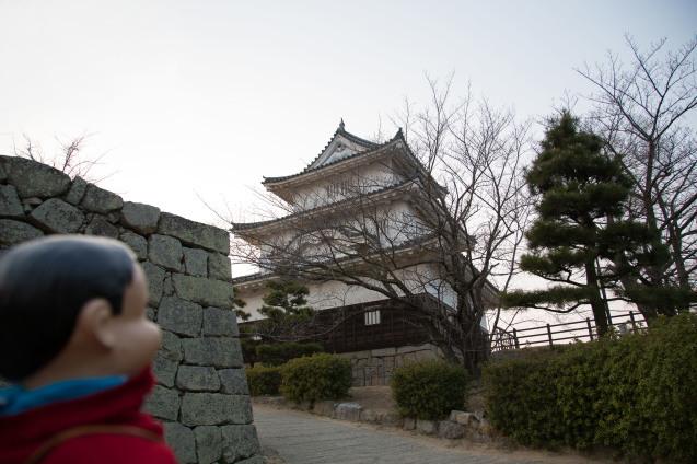 丸亀城と美味しいうどん_e0369736_13202417.jpg