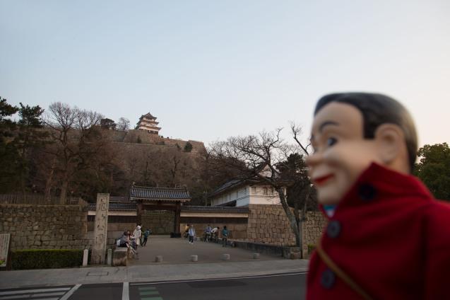 丸亀城と美味しいうどん_e0369736_13202804.jpg