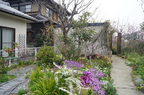 花木の花盛り_e0181373_21055788.jpg