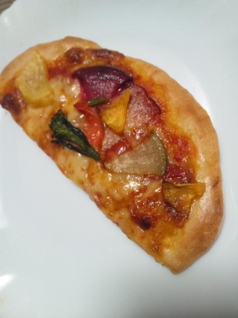 べーぐり 季節の野菜ピザ_f0076001_3272948.jpg
