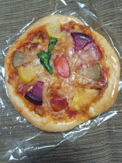 べーぐり 季節の野菜ピザ_f0076001_3281430.jpg