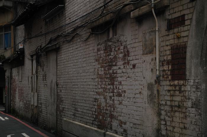 The Wall_d0349265_16071533.jpg