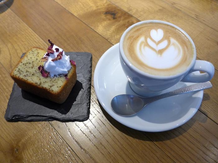 銀座「Me\'s CAFE & KITCHEN」へ行く。_f0232060_17205636.jpg