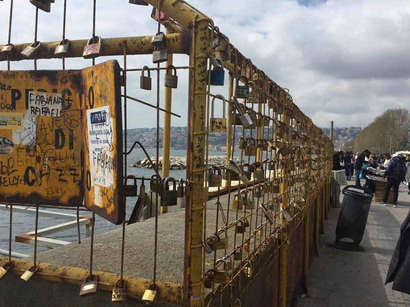 2017年 南イタリア旅行記その1(ナポリ)_d0041729_01153676.jpg