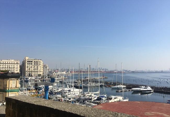 2017南イタリア旅行記その2 大好きナポリの朝ごはん_d0041729_10011129.jpg
