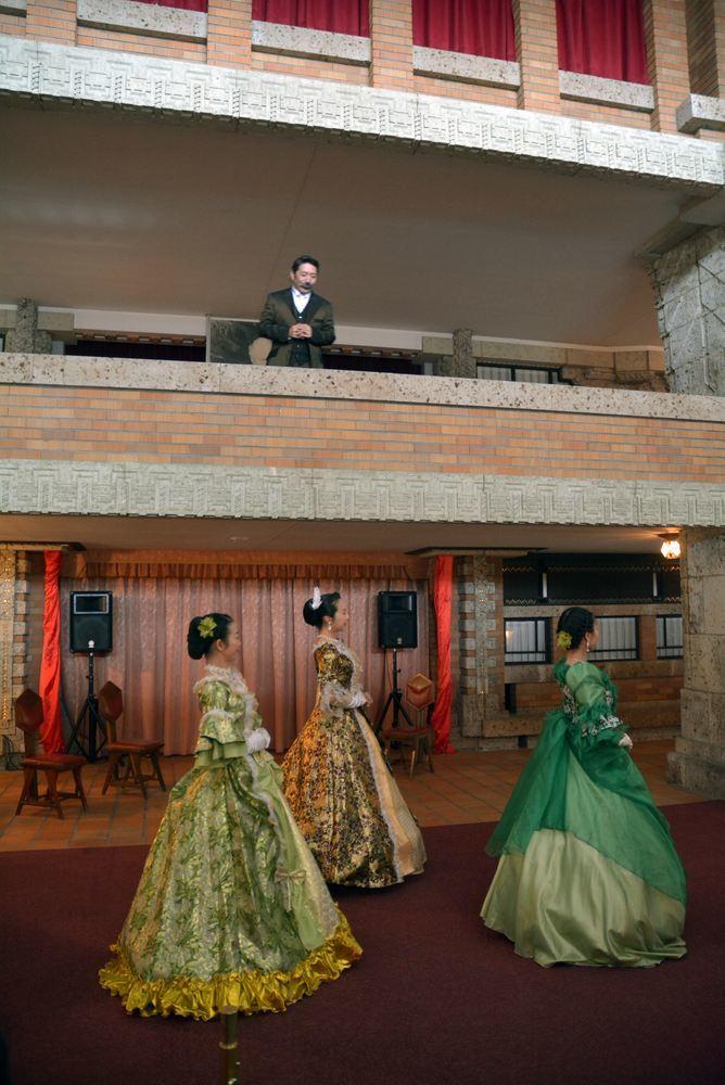 帝国ホテル舞踏会_e0373930_20505698.jpg