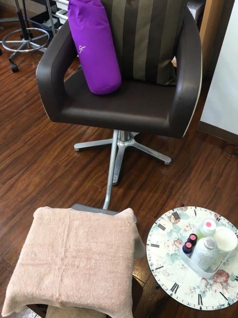 髪のお手入れと台湾式リフレクソロジーを同時進行で _f0140145_10335427.jpg