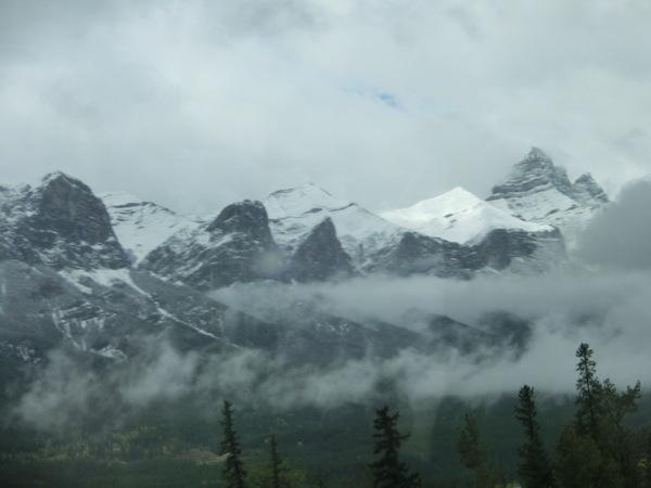 カナディアンロッキー山脈にうっとり:カナダ_c0155158_15144756.jpg