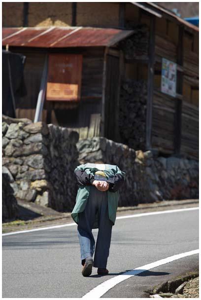 山里に咲く_d0272207_21245796.jpg