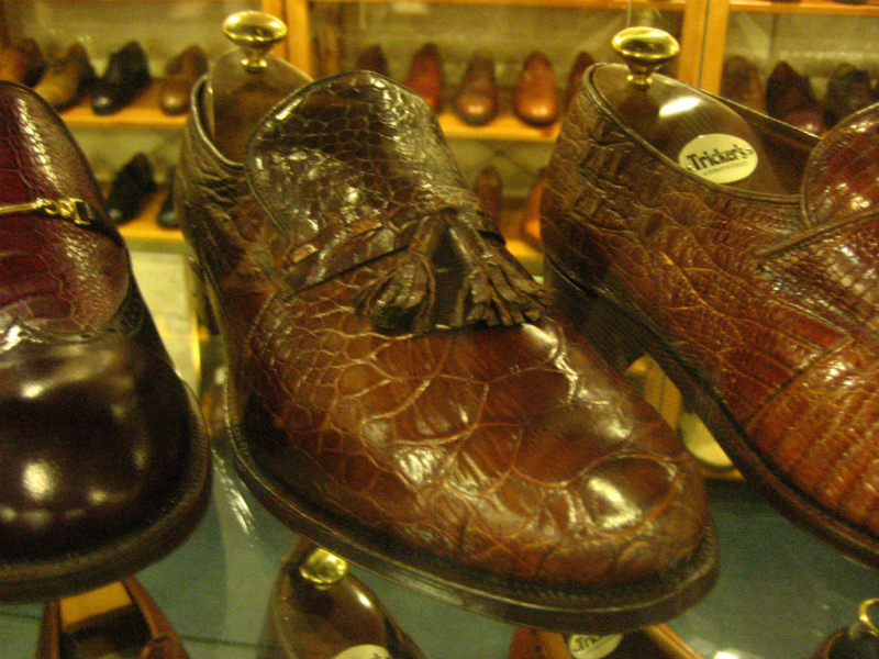 コラム『私と世界の靴vol.9~トリッカーズ(英)』_b0365069_16384028.jpg