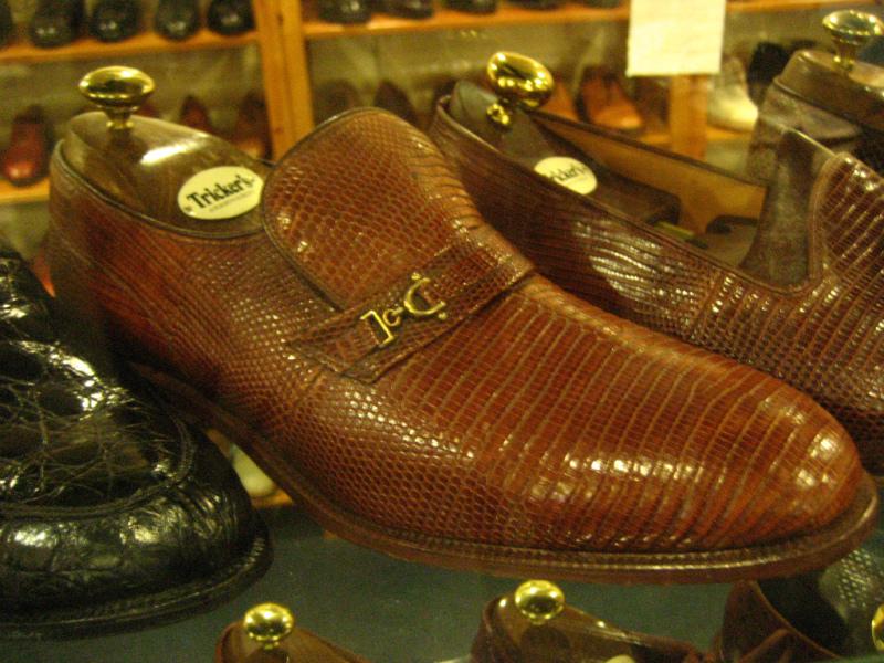 コラム『私と世界の靴vol.9~トリッカーズ(英)』_b0365069_16394183.jpg