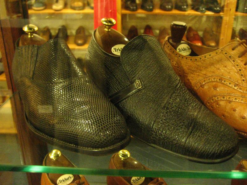 コラム『私と世界の靴vol.9~トリッカーズ(英)』_b0365069_16394485.jpg