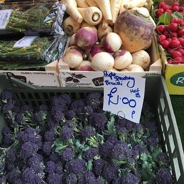 エビチリフライデーとお気に入りの紫色のお野菜_f0238789_21015120.jpg