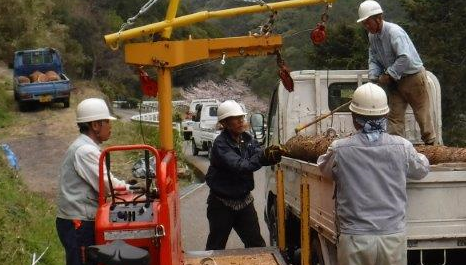山事業の実践活動_a0051539_1823022.png