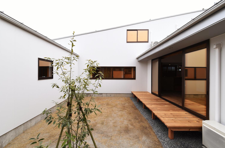 中庭を囲む家 オープンハウス開催_b0349892_09193446.jpg